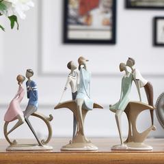 贝汉美 现代简约情侣创意装饰品摆设家居卧室内电视柜人物摆件26489B