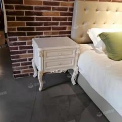 床头柜白色*1